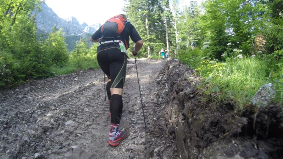 Bergauf - Kurz nach der V1.
