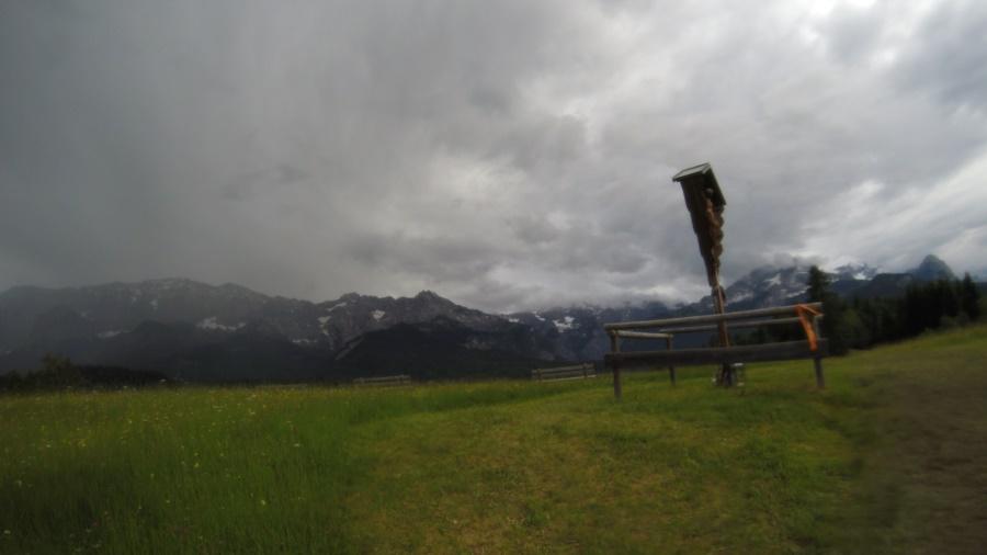Trüber Blick Richtung Wettersteingebirge