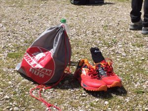 Schuh Wechselbeutel mit den Brooks Cascadia